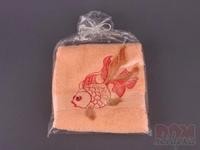 Полотенце 370г/м2 вышивка рыбка, персиковое, 76x34 см.